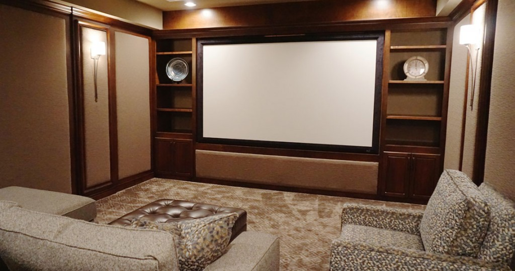 media tv room with Thomasville furniture