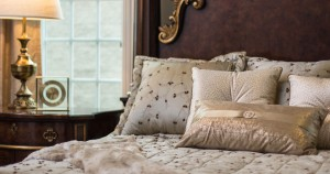 custom-bedding-pillows