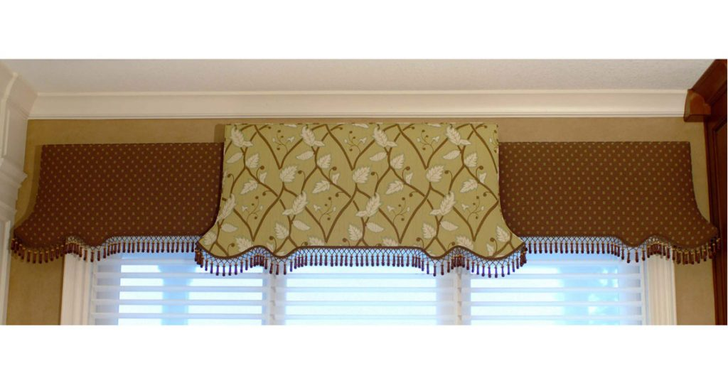 curved cornice board with trim
