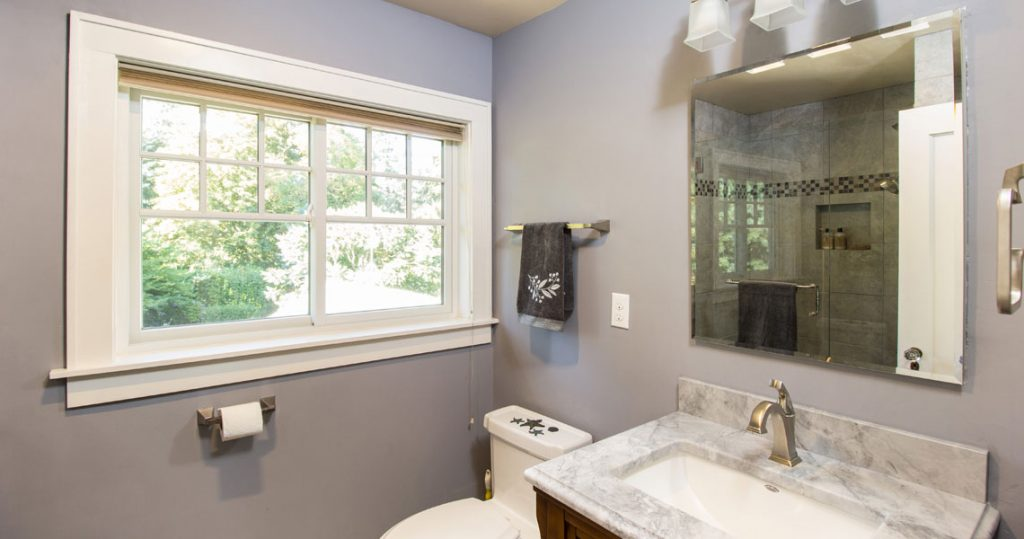 Tiny bathroom model in craftsman style home